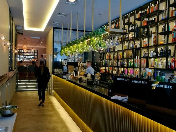 La barra del restaurante Ornella