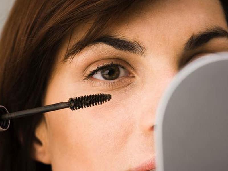maquillaje-mujer-despues-de-los-50