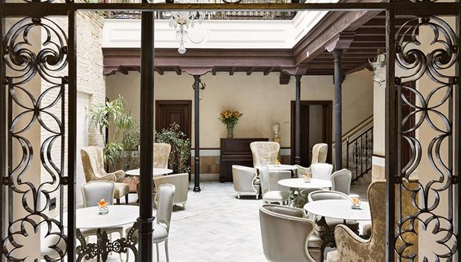 Recepción del Hotel Casa 1800 de Sevilla. Foto: Hotel Casa 1800