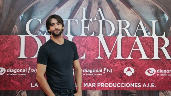 Aitor Luna actor principal en la Catedral Del Mar.