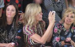 Mujer Babú en front row Madrid