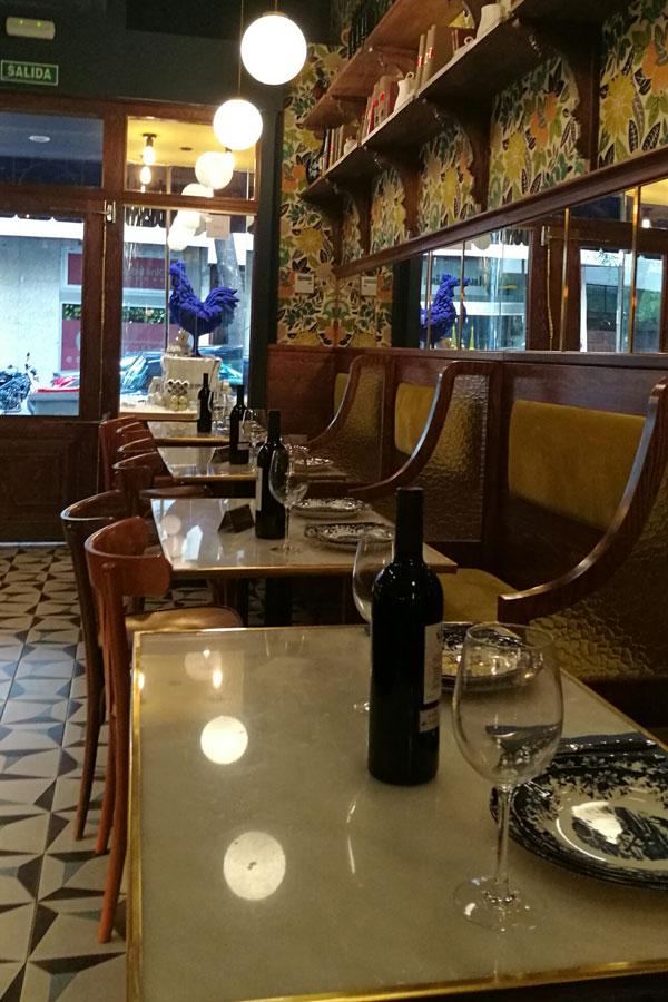 """El restaurante tiene aire de """"Bistrot"""" francés."""