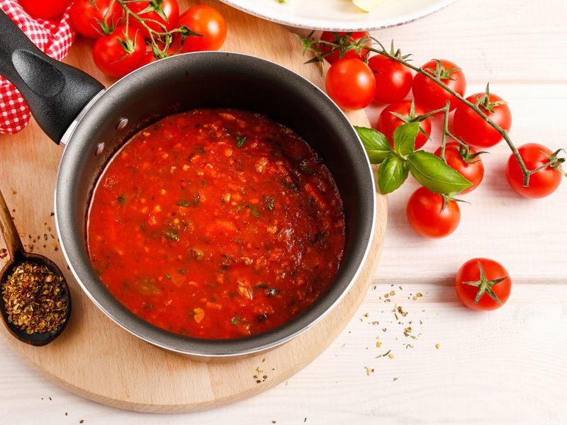 Salsa de tomate para lasaña de calabacín y atún