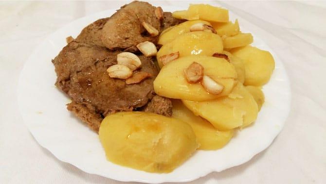 Seitan a la plancha con patatas