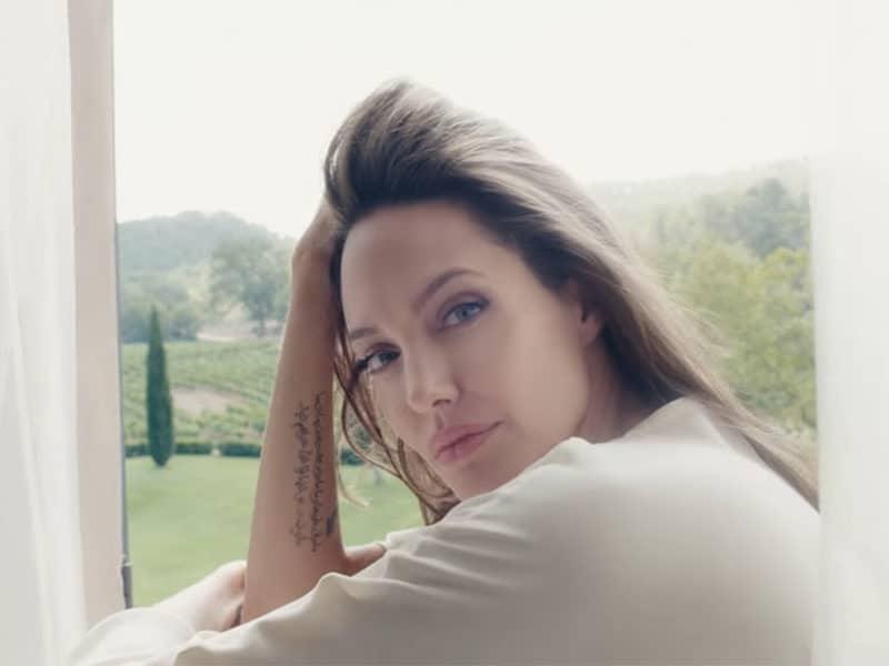 Angelina Jolie imagen del nuevo perfume Mon Guerlain