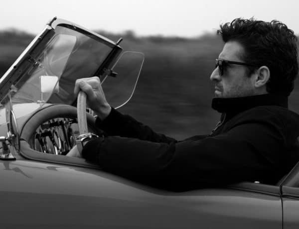 Patrick Dempsey conduciendo un MG