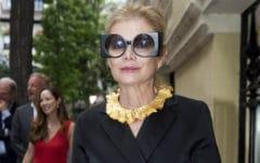 Elena Ochoa con gafas de sol cuadradas en la inauguración de la Fundación Foster en Madrid. Foto: Gtres