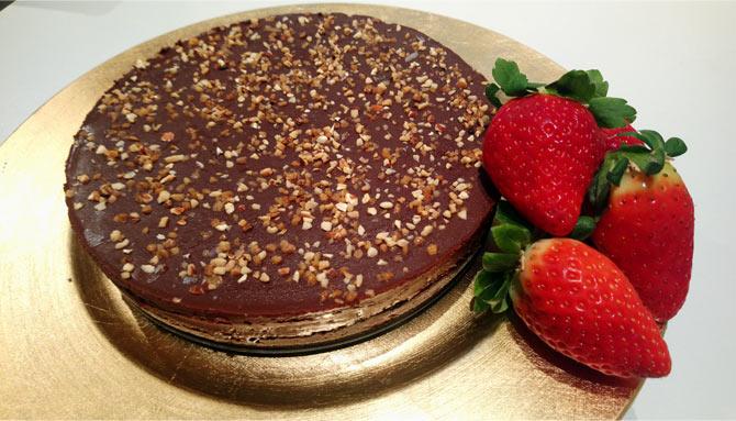 tarta chocolate y fresas San Valentín