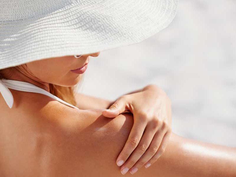 Medicina estética facial para preparar al sol