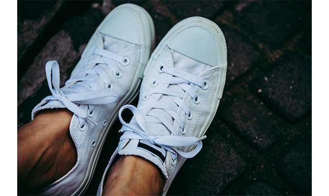 Zapatillas blancas hombres verano 2019