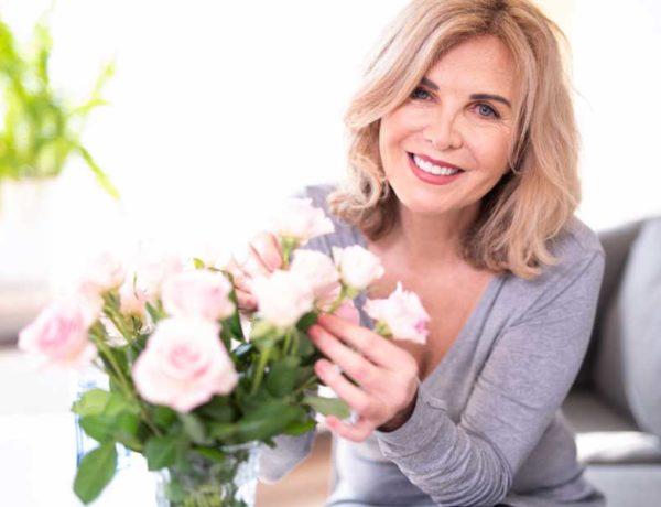 cremas hidratantes para mujeres más de 50