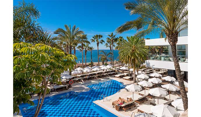 piscina hoteles urban beach Amáre Marbella