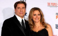 travolta y su mujer Kelly Preston
