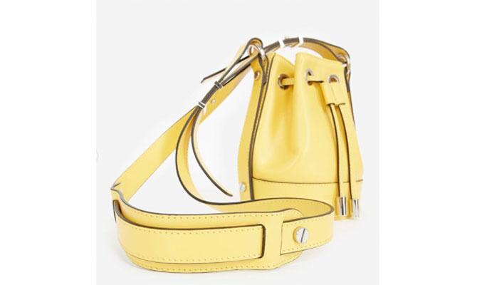 bolso amarillo de The Kooples