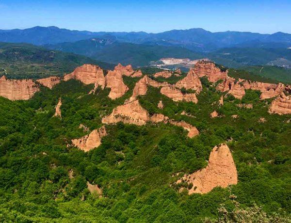 montañas de la provincia de leon