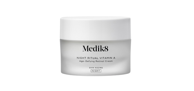 """Night Ritual Vitamin A"" de Medik8  crema de noche para pieles maduras"